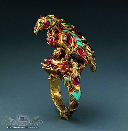 эксклюзивные золотые браслеты и цепи